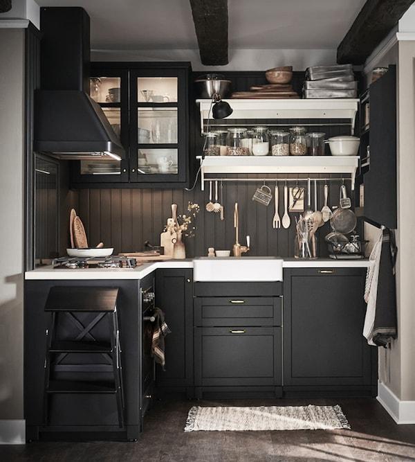 Cucina componibile LERHYTTAN mordente nero - IKEA