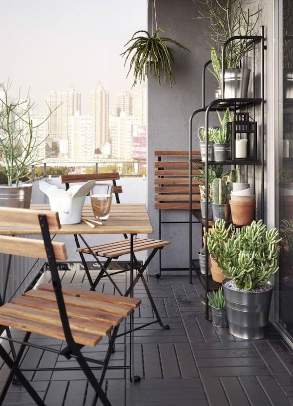 Sedie E Tavoli Da Esterno Ikea.Balcone Con Tavolo E Sedie Pieghevoli In Acacia Ikea