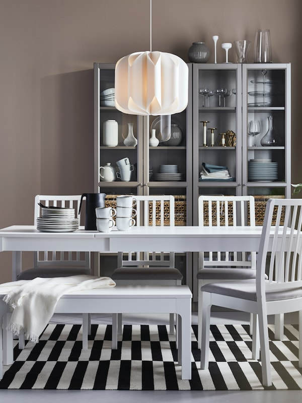 10% off on all dining table