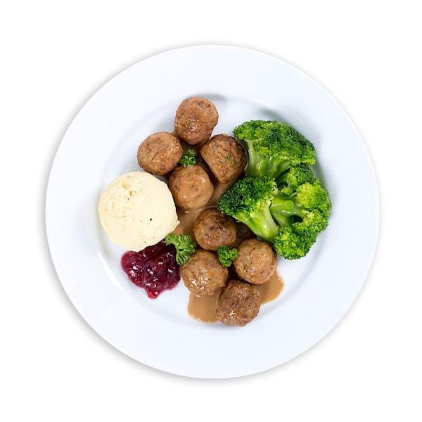 16 ketul Bebola Daging dengan Kentang Lecek dan Brokoli