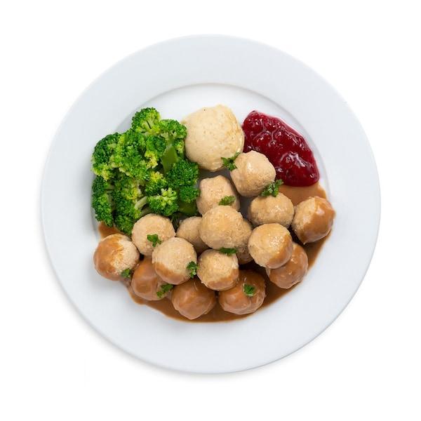 16 pcs Chicken Ball with Mashed Potato & Broccoli