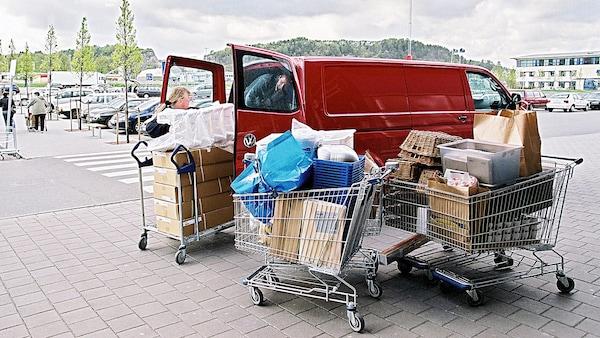 2 Stunden gratis Mietwagen ab einem Einkauf von CHF 500.00
