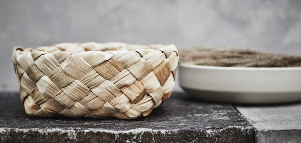 The HANTVERK basket is made of banana bark and handwoven by skilled artisans in India.