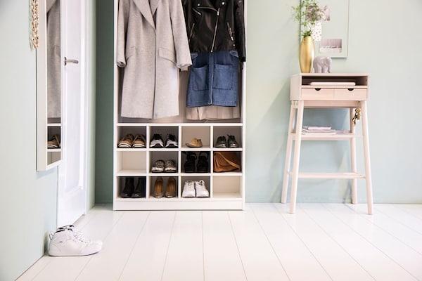 Schoenenkast Voor Kleine Hal.De Hal Met Opbergruimte Slimme Tips Ikea