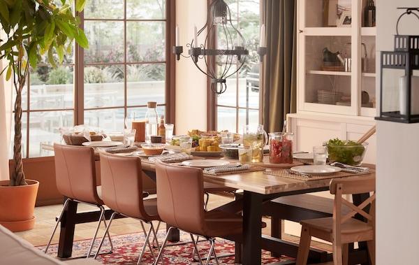 5 básicos para vestir la mesa para tus reuniones en casa