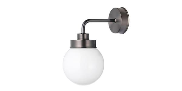 En lampe til badeværelse.