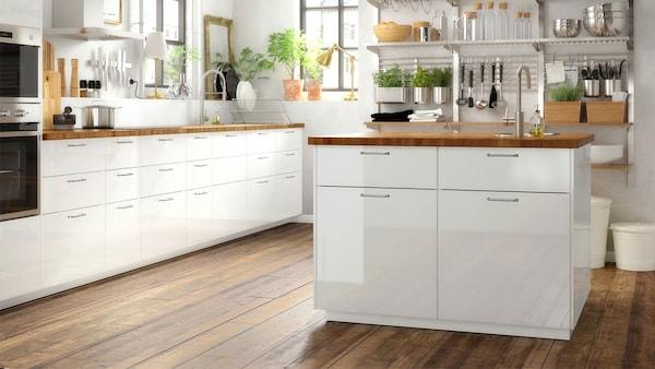 RINGHULT high-gloss white kitchen
