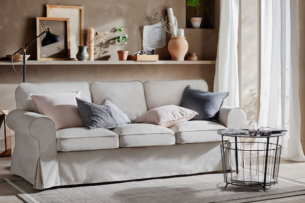 Sofa beige traditionell landhausstil EKTORP