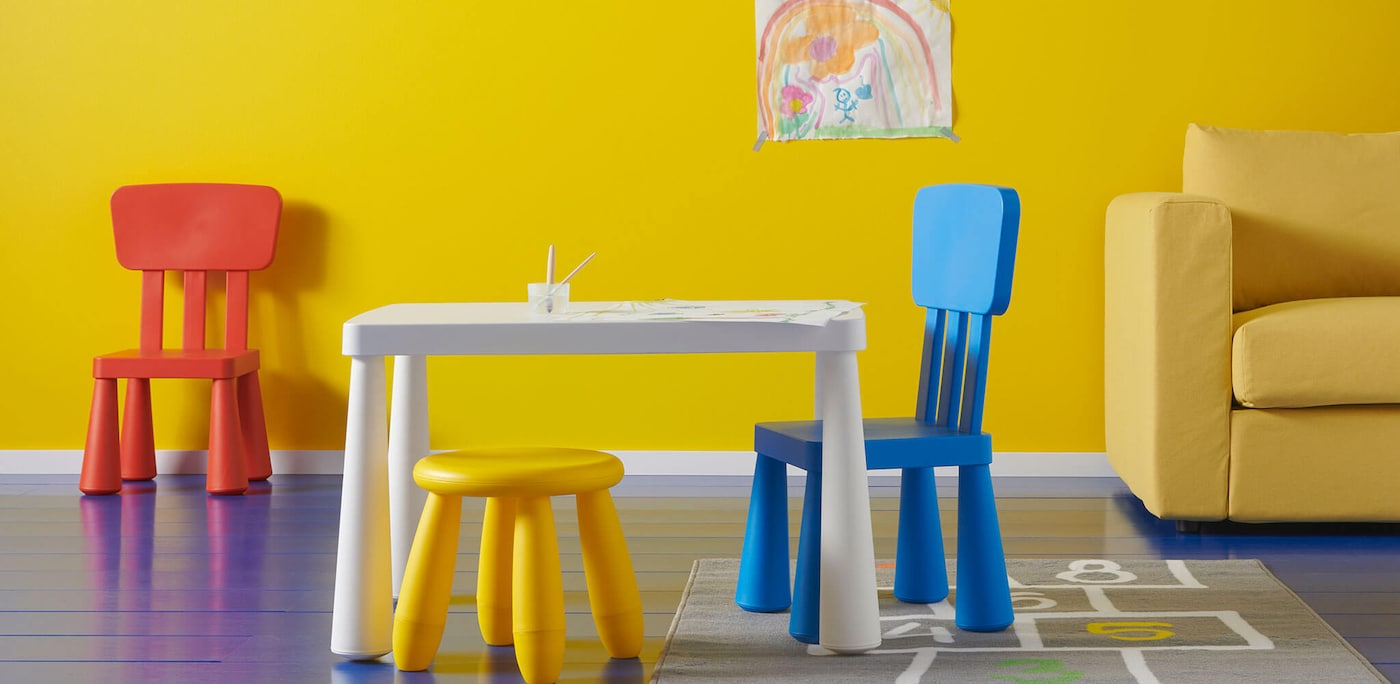 Linking to kids chairs
