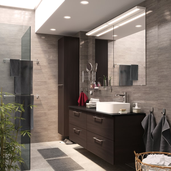 Einheitliches und schickes Badezimmer - IKEA