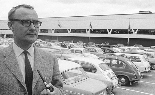 A black and white picture of Ingvar Kamprad.
