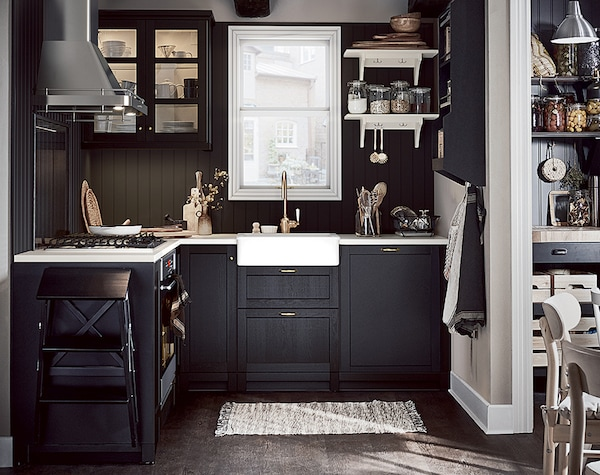 Cute cottage kitchen - IKEA