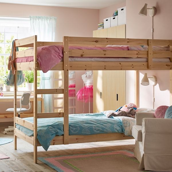 A light, airy children's room with a Scandinavian feeling and a MYDAL bunk bed in natural, untreated, solid pine.