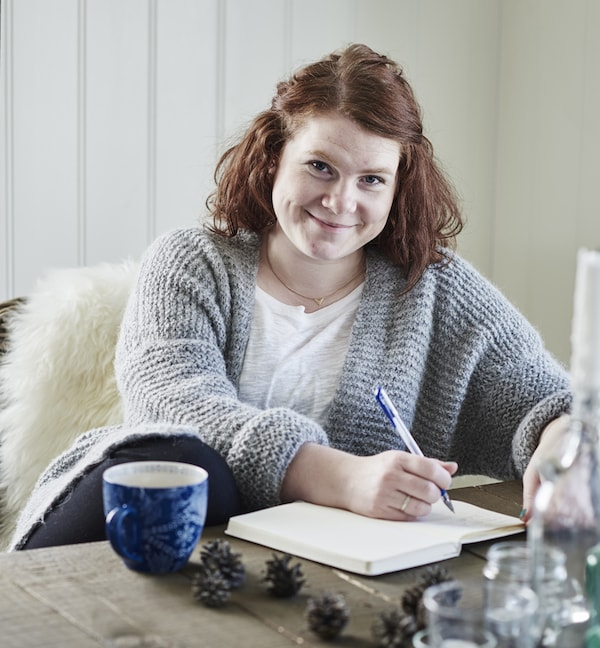 A portrait of Gina, blogger, Norway.