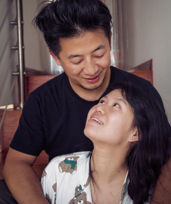A portrait of Jiaqin and Gao.