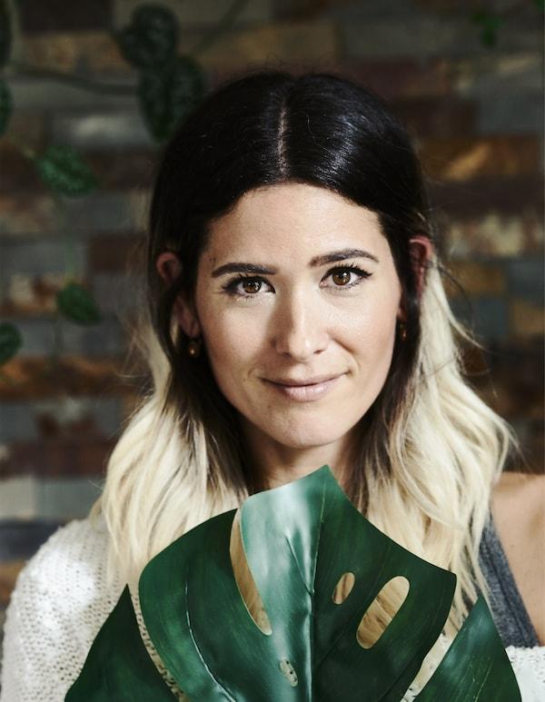 A portrait of Miriam.