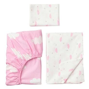 A set of bed linen for children.