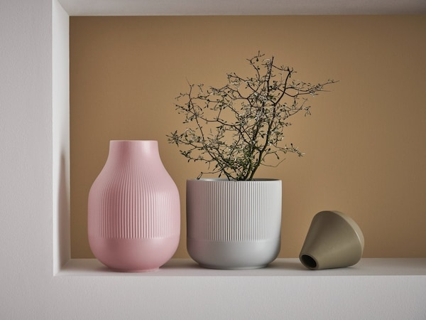 A vase with flowers in it