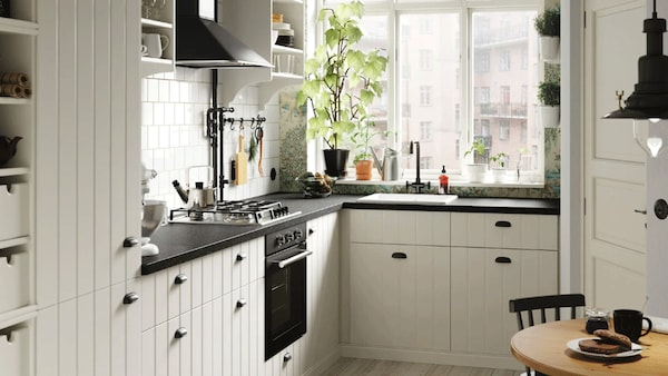 Cosy cottage kitchen in the big city