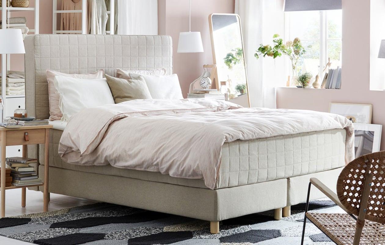 IKEA HOMMELVIK divan beds