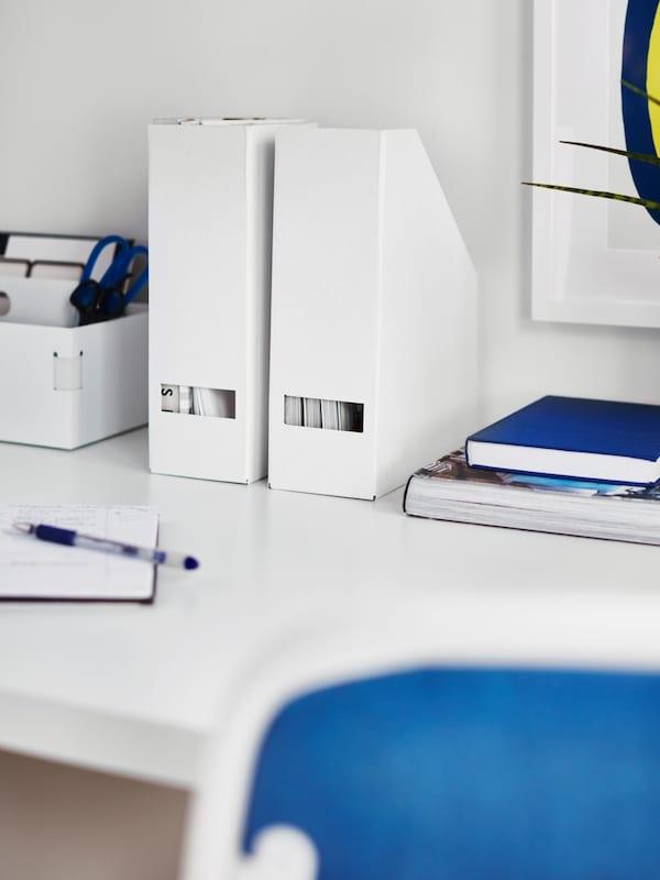 Accessoires de bureau: réhausseur avec tiroir, blanc