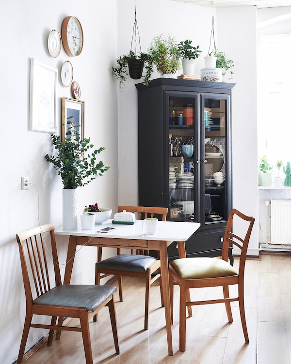 Add a small table to your kitchen.