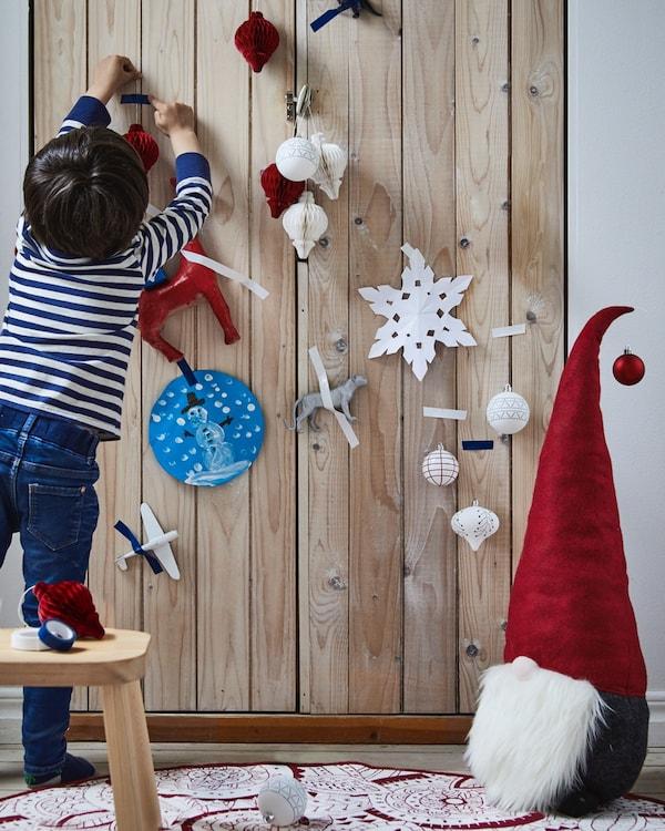 Adornos navideños caseros para decorar con los más pequeños
