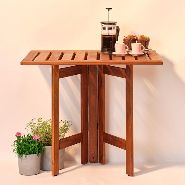 ÄPPLARÖ Nástěnný sklápěcí stůl, venkovní, hnědé mořidlo, 80x56 cm.