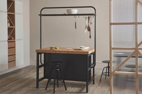 Kücheninseln & Servierwagen