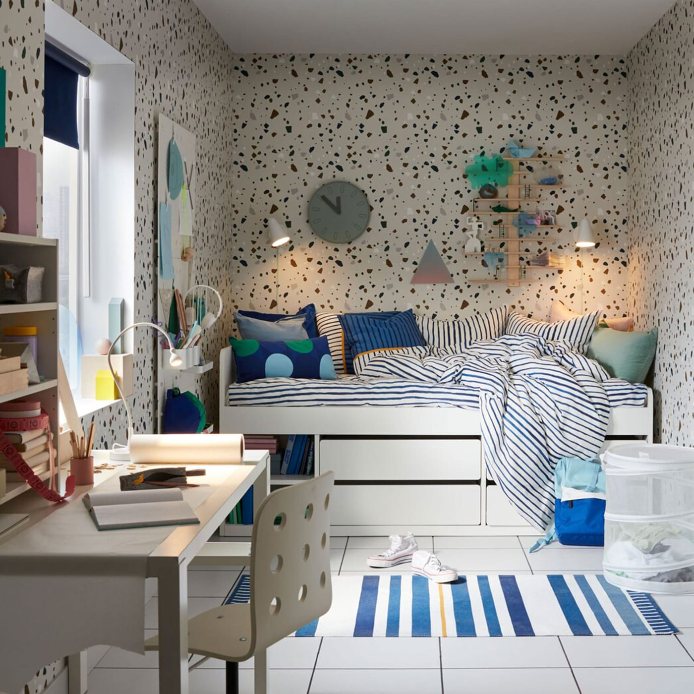 A cool blue bedroom for your tween - IKEA