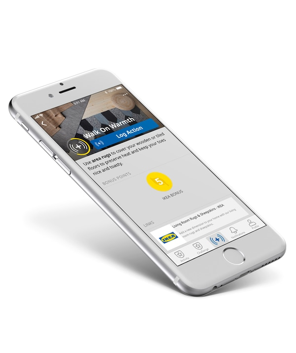 Aplikacja IKEA otwierana na telefonie.