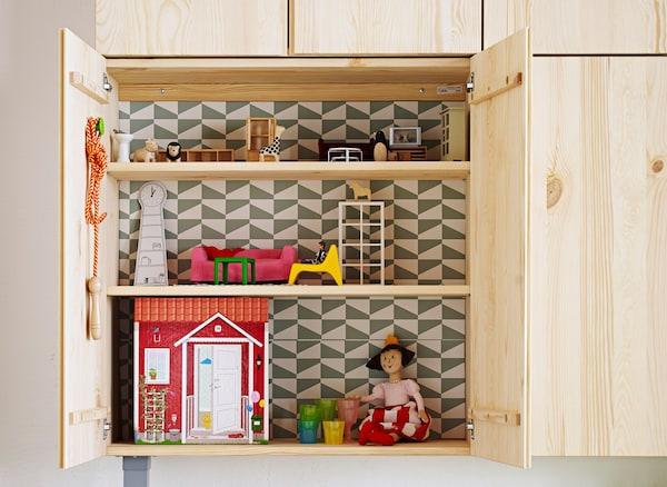 Armario IVAR casa de muñecas