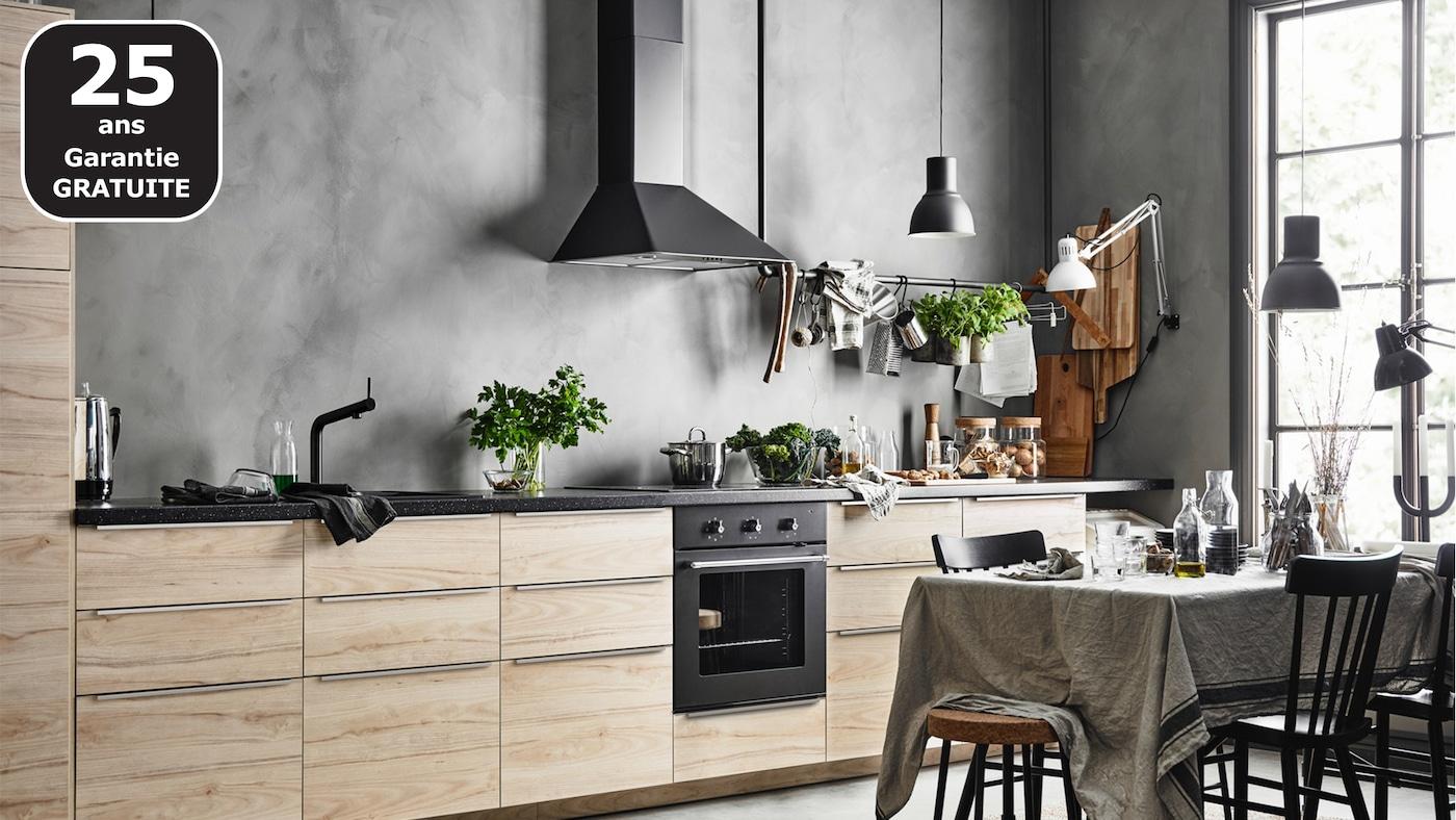 ASKERSUND cuisine noire effet frêne IKEA