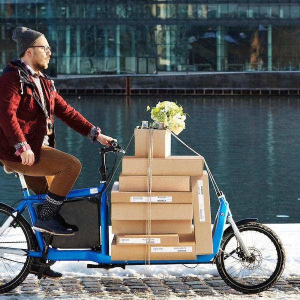 Au trecut șaptezeci și cinci de ani de când Ingvar Kamprad a fondat IKEA cu ajutorul mesei de bucătărie a unchiului său. Haideți să sărbătoriți alături de noi!