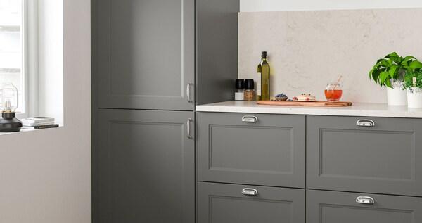 AXSTAD kitchen series with a matte, dark gray surface.