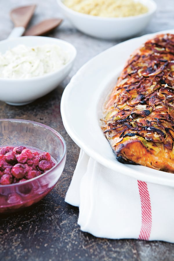 Baked salmon, cranberry and horseradis compote