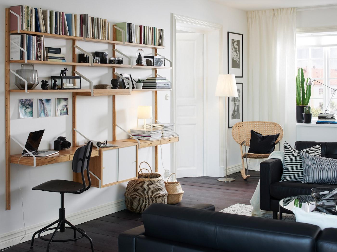 SVALNÄS Väggmonterad skrivbordskombination, bambu, vit IKEA