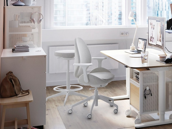 BEKANT sit-stand desk home office