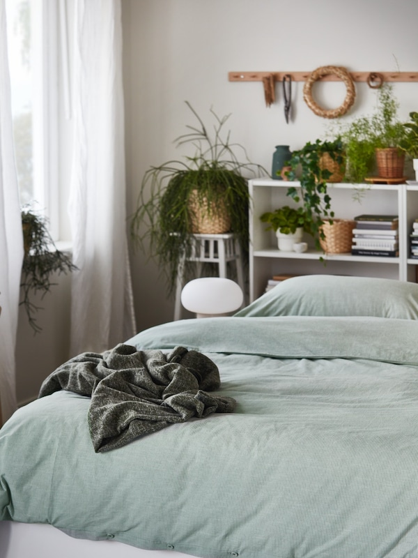BERGPALM green queen size duvet cover and pillow cases
