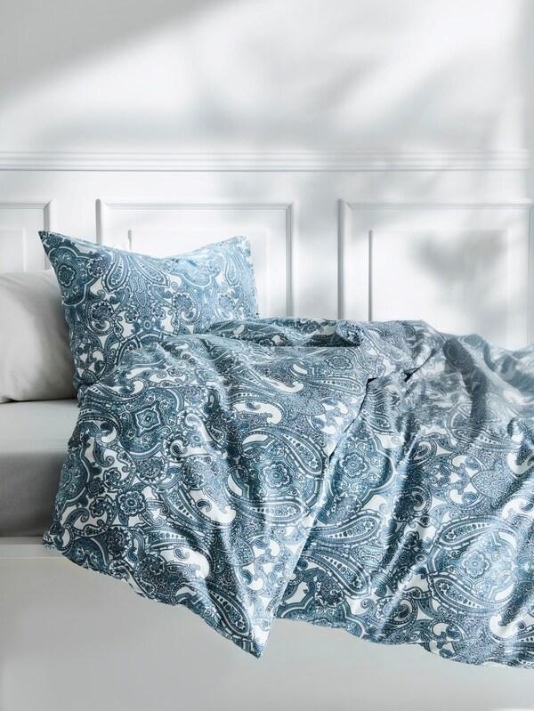 Bettwäsche blau weiß mit Paisleymuster mit Schlußverkauf.