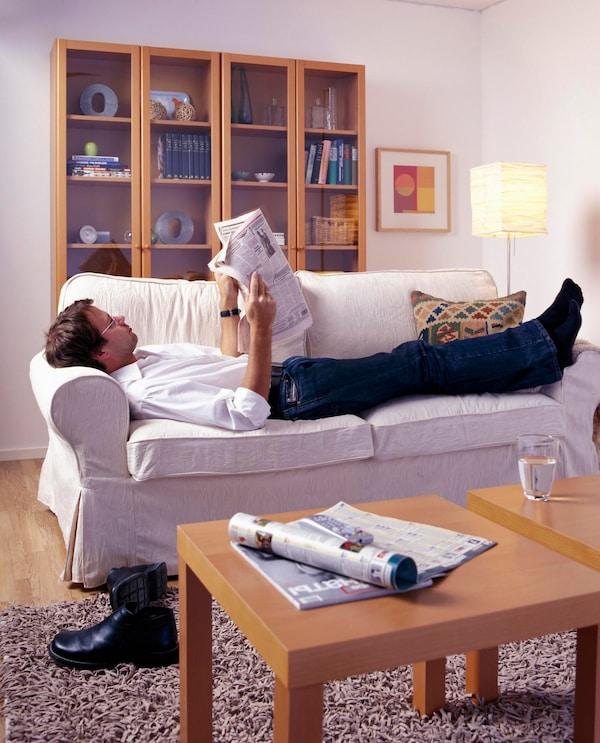 BILLY-hylly täyttää 40 vuotta! Gillis Lundgrenin vuonna 1979 suunnittelema hylly on ostettu miljooniin koteihin.