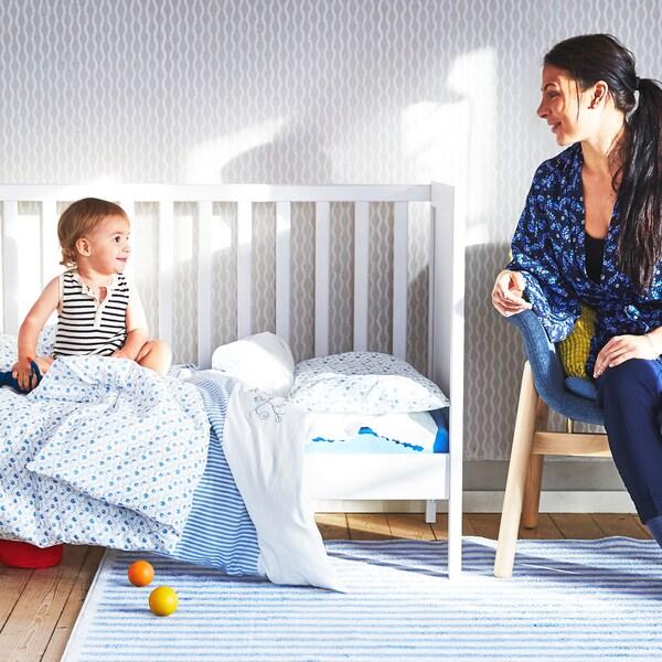 Bistveni nasveti za starše, ki začenjajo življenje z dojenčkom.