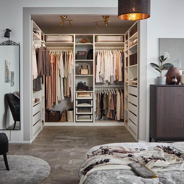 Bli kjent med PAX garderobesystem.