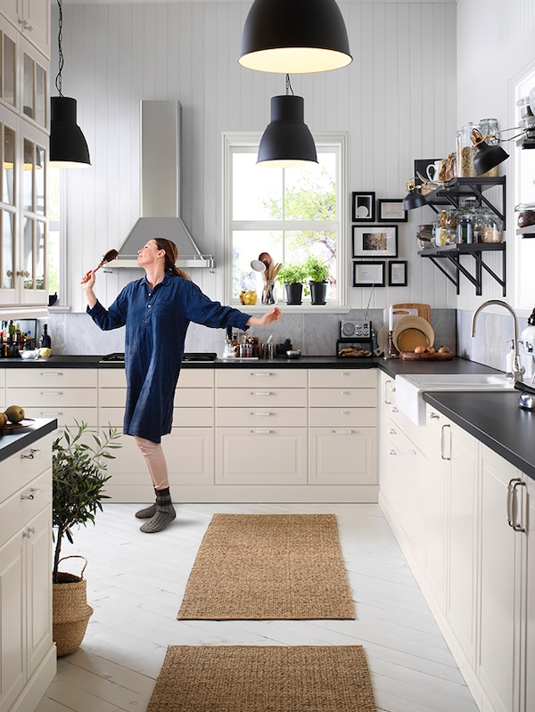 BODBYN off-white kitchen