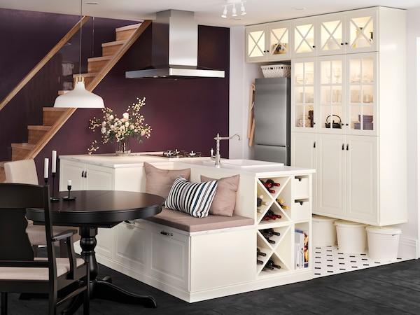 BODBYN vit med inbyggd soffa