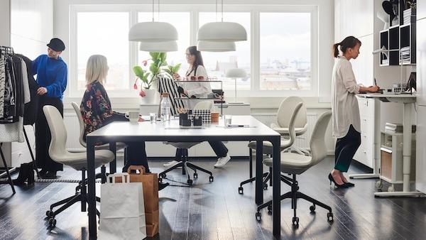 mobilier de bureau pour les professionnels ikea. Black Bedroom Furniture Sets. Home Design Ideas
