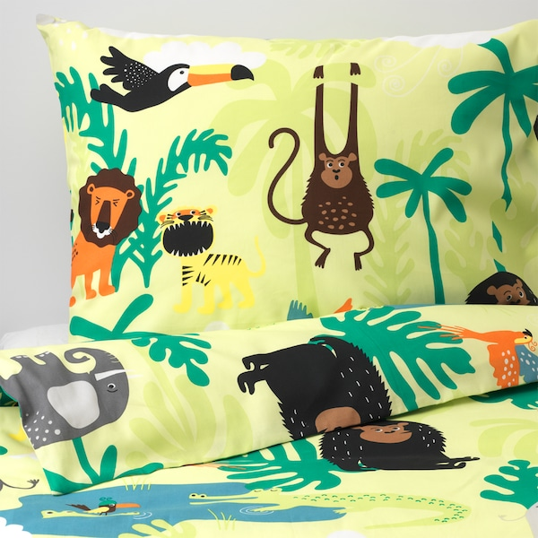 IKEA DJUNGELSKOG, a jungle-themed quilt cover and pillowcase for children with cute animal drawings.