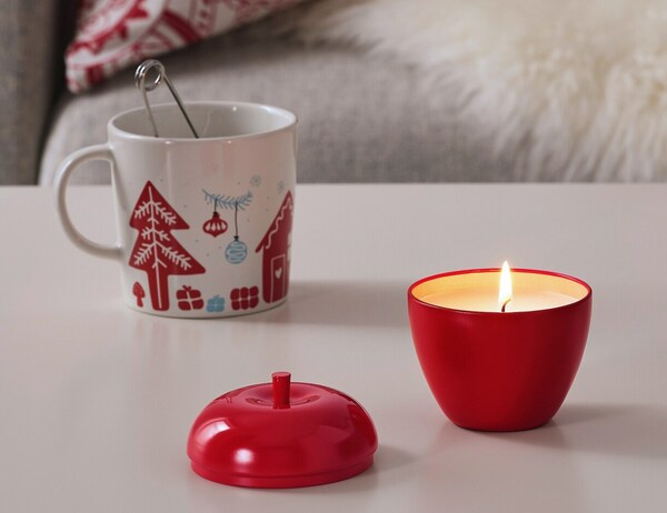 VINTERFEST Vela perfume bote metal, manzano, manzana canela y manzana rojo, 9 cm