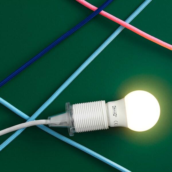 Bau dir deine Lampe aus Leuchte, Lampenaufhängung bzw. Lampenfuß und Lampenschirm zusammen