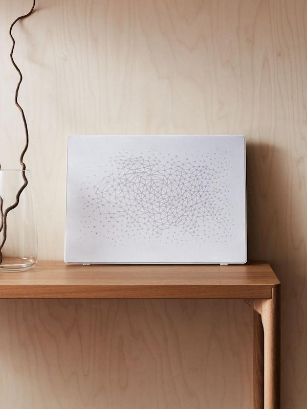 cadre enceinte symfonisk sur une table
